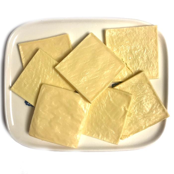 画像1: ロゴスペット 国産 ナチュラルチーズ スライス 厚切り 犬猫用 100g (1)