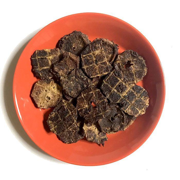 画像1: ロゴスペット 国産(奈良県産) 猪肉チップ 犬猫用 30g (1)